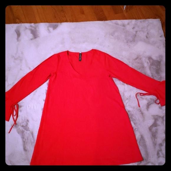 Design Lab Lord & Taylor Dresses & Skirts - Red dress